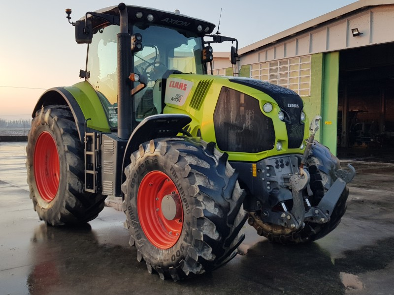 TRATTORE CLAAS 850 AXION C-MATIC
