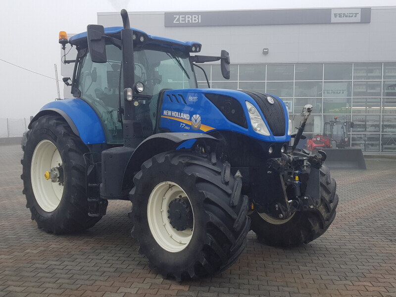 TRATTORE NEW HOLLAND T7 260